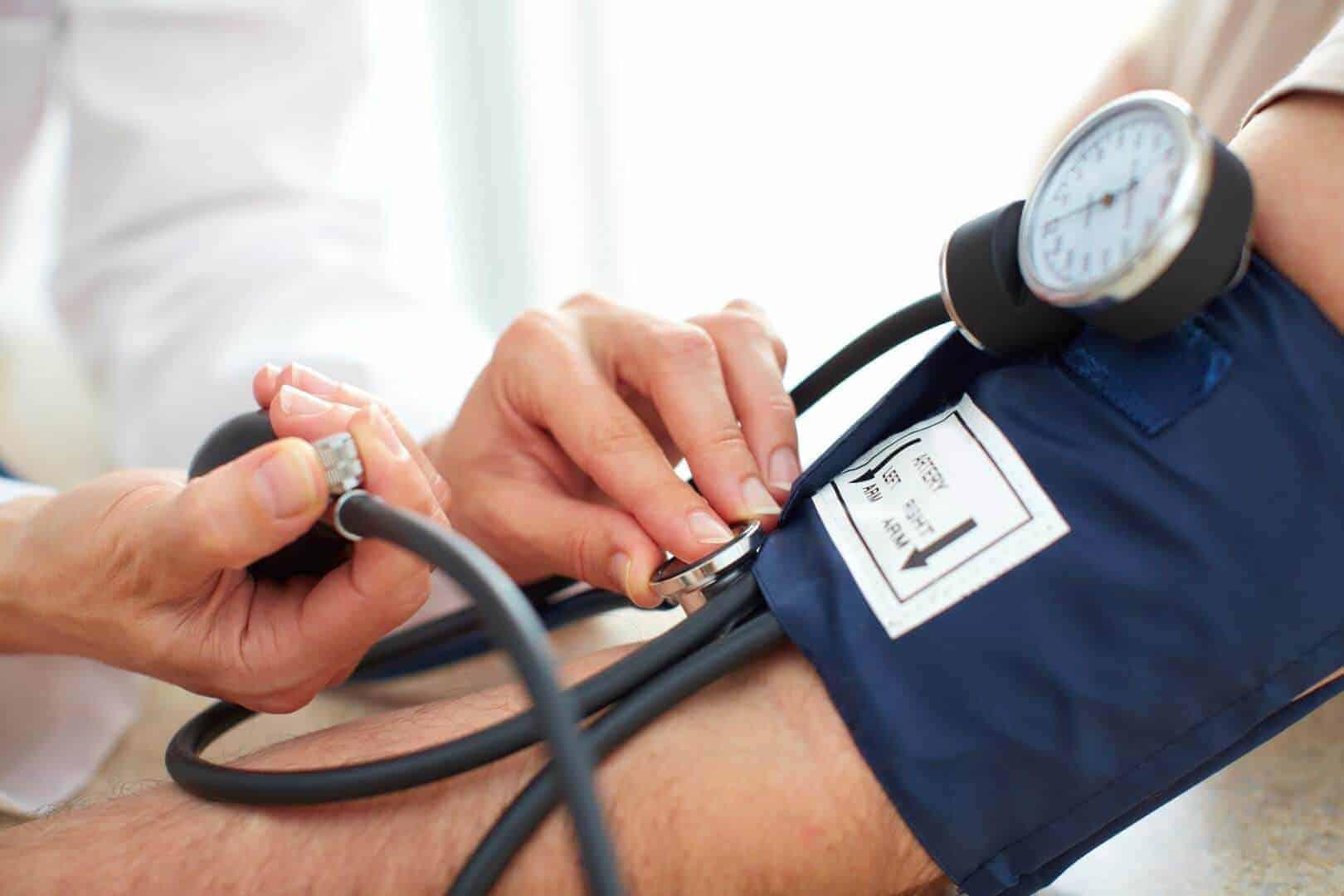 מדידת לחץ דם מד לחץ דם סטטוסקופ